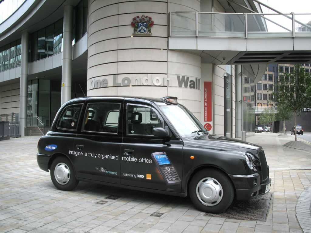 2010 Ubiquitous taxi advertising campaign for Samsung - Imagine A Truly Organised Mobile Office
