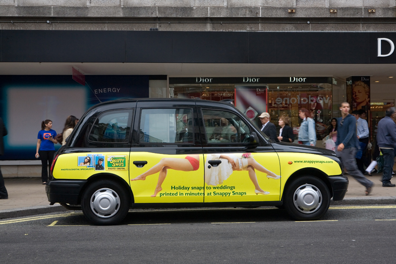 2007 Ubiquitous taxi advertising campaign for Snappy Snaps - Holiday snaps to weddings printed in minutes at Snappy Snaps