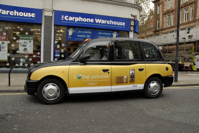 """2008 Ubiquitous taxi advertising campaign for Sony Ericsson - I """"love"""" Big pictures"""