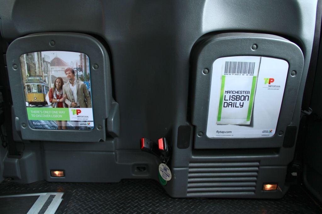 2012 Ubiquitous taxi advertising campaign for TAP  - Flytap.com