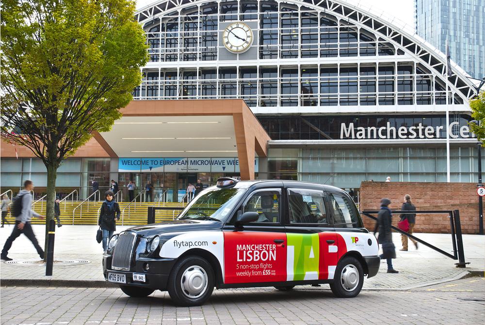 2011 Ubiquitous taxi advertising campaign for TAP  - Flytap.com