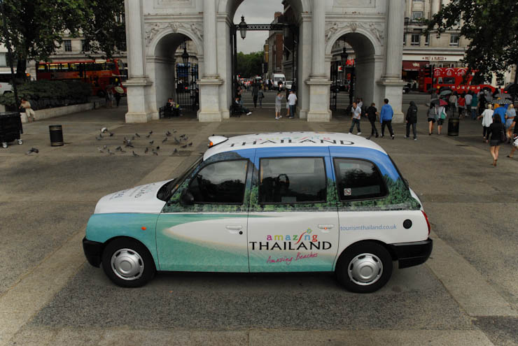 2010 Ubiquitous taxi advertising campaign for Thai Airlines - Smooth As Silk & Amazing Thailand