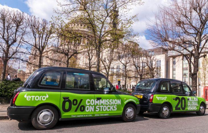 eToro SuperSide Taxi Campaign