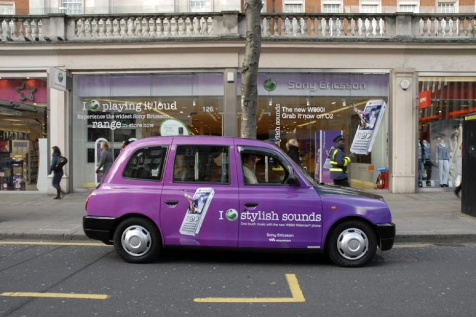 """2008 Ubiquitous taxi advertising campaign for Sony Ericsson - I """"love"""" Stylish Sounds"""