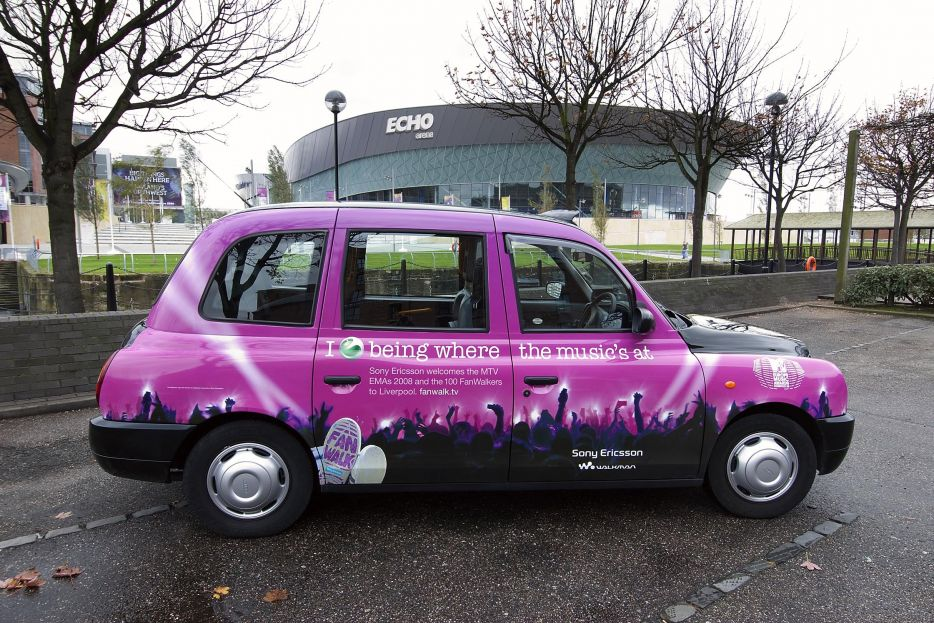 """2008 Ubiquitous taxi advertising campaign for Sony Ericsson - I """"love"""" To Be Where The Music's At"""