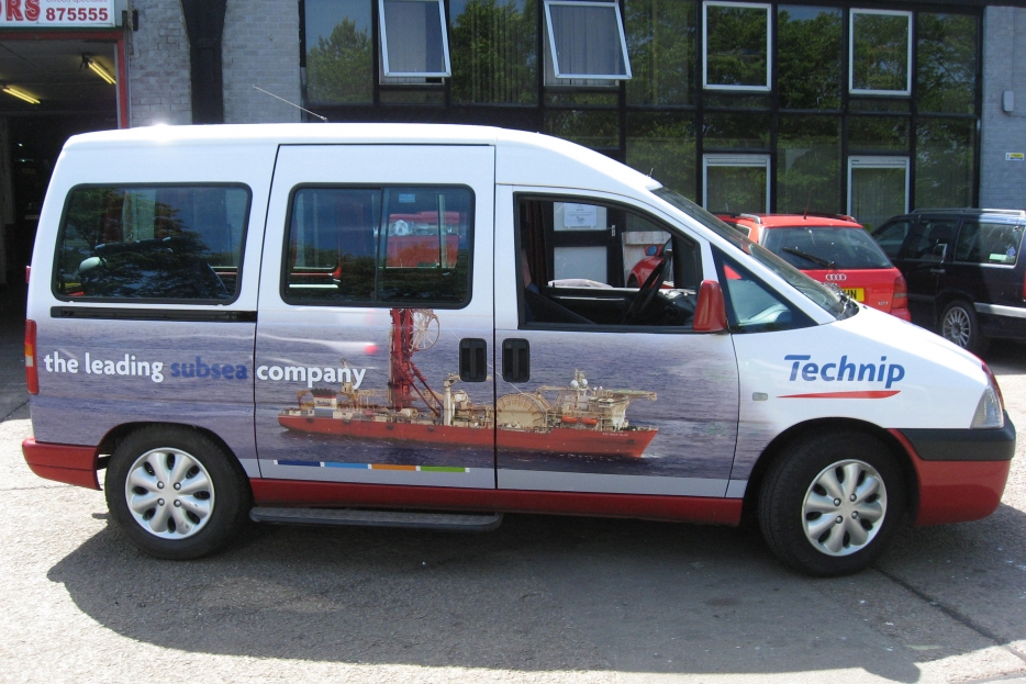2009 Ubiquitous taxi advertising campaign for Technip - The leading subsea company