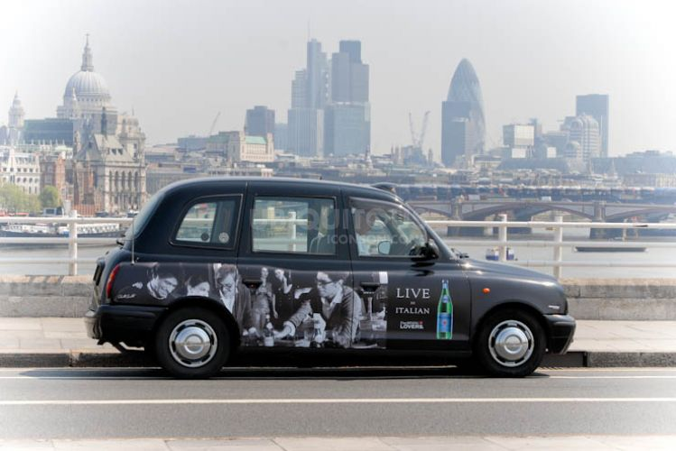 2012 Ubiquitous taxi advertising campaign for San Pellegrino  - Live in Italian