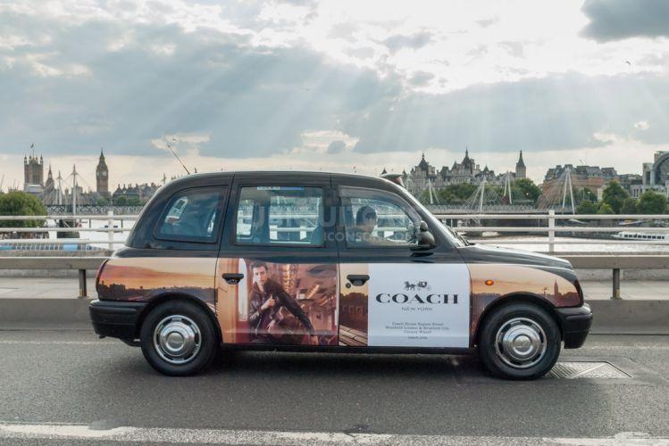 2017 Ubiquitous campaign for Coach - Selena Gomez for Coach