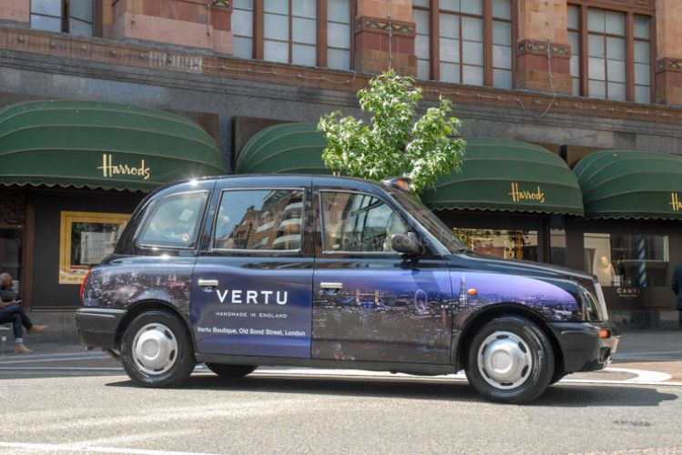 2014 Ubiquitous campaign for Vertu - Handmade in England