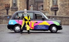 2013 Ubiquitous taxi advertising campaign for Historic Scotland - Rediscover Edinburgh Castle